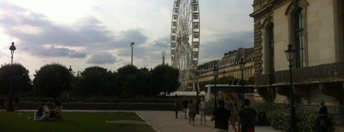 Le Carrousel is one of Paris.
