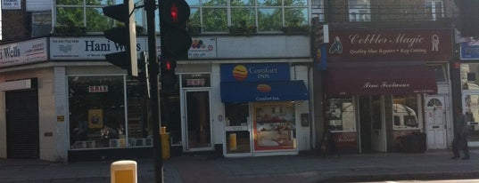 Comfort Inn London - Edgware Road is one of Nicolasさんのお気に入りスポット.