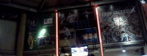 Paso Sport Cafe is one of Mis mejores 10 y 1 yapa, en Rosario.