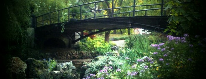 Lafayette Park is one of Tempat yang Disimpan Haley.