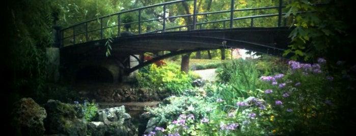 Lafayette Park is one of Jonathan 님이 좋아한 장소.