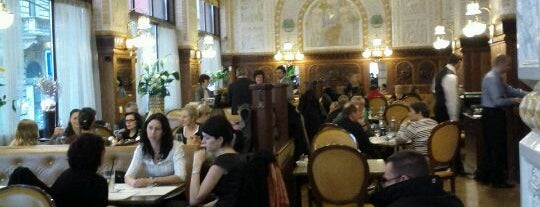 Café Imperial is one of Praga Healthy Restaurants.