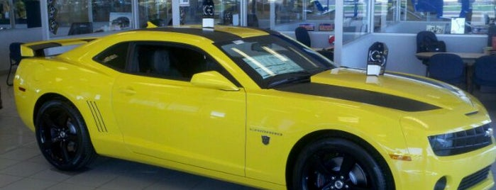 Midway Chevrolet is one of Locais curtidos por Brett.