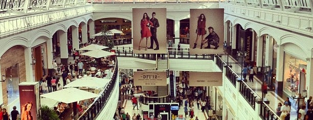 Shopping Iguatemi is one of Locais curtidos por Ike.
