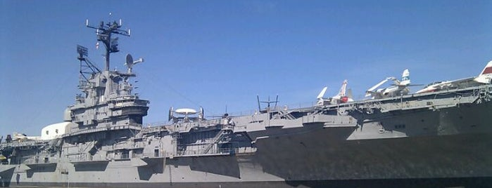 Intrepid Sea, Air & Space Museum is one of The Gray Line New York Eat and Play Card.