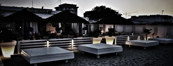 Bagno Adriatico 62 is one of Questo locale è su Foursquare.