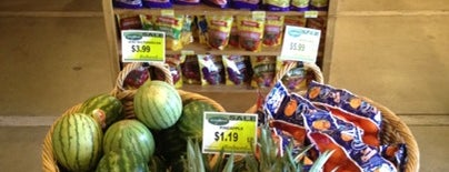 Aspens Market is one of Freaker USA Stores Mountains.