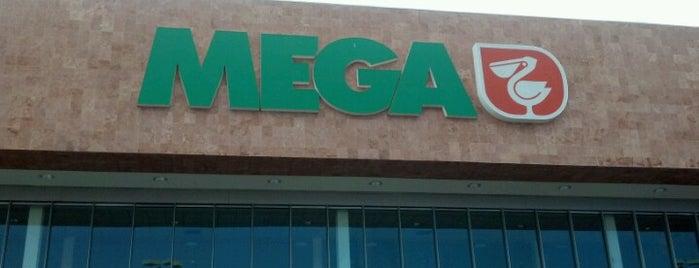 Mega Comercial Mexicana is one of Yolis 님이 좋아한 장소.