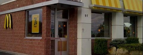 McDonald's is one of Lugares favoritos de Lindsaye.
