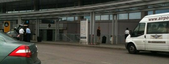 Terminal 2A is one of Budapeste (Hungria).