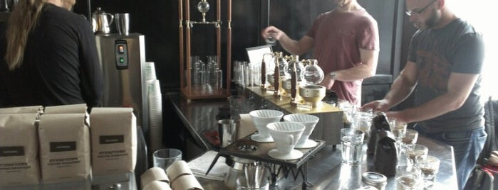 Ma'velous Coffee & Wine Bar is one of Locais curtidos por Anna.