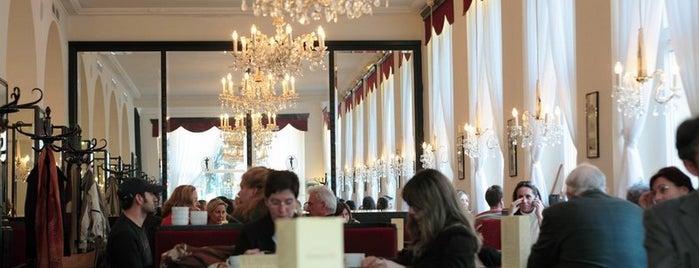Kurkonditorei Oberlaa Dommayer is one of Kaffeehäuser.