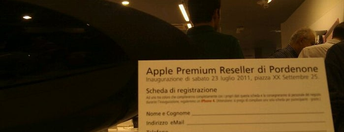 ABC Informatica Pordenone - Apple Premium Reseller is one of Tempat yang Disimpan Jen.