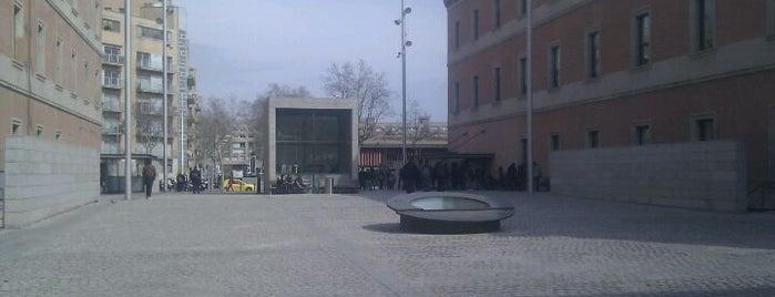 UPF Campus Ciutadella is one of Lugares de Barcelona.