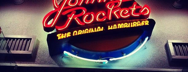Johnny Rockets is one of Locais salvos de Felipe.