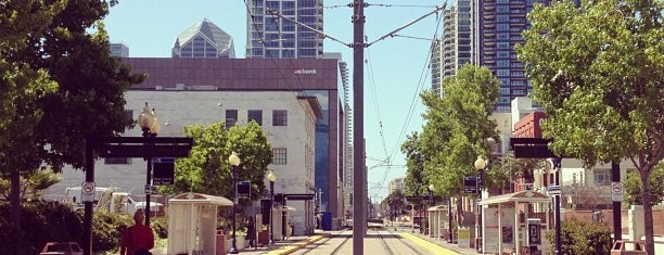 County Center/Little Italy Trolley Station is one of Lieux qui ont plu à Kim.