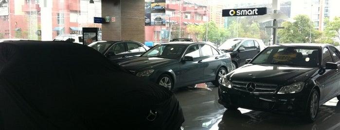 Mercedes-Benz Santa Fe is one of Posti che sono piaciuti a Ricardo.