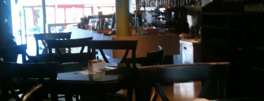 Lime Café is one of ExuRei: сохраненные места.