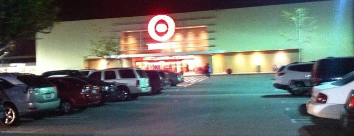 Target is one of Lieux qui ont plu à Jen.