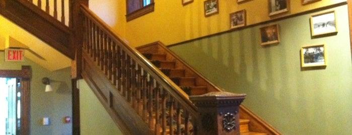 Historic Midland Hotel is one of Matthew'in Beğendiği Mekanlar.