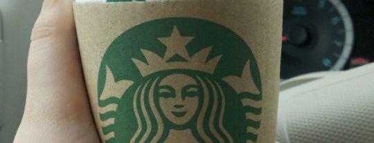 Starbucks is one of Tempat yang Disukai Sandra.