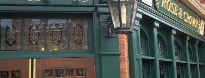 The Rose & Crown Pub & Dining Room is one of Orlando City Badge - The City Beautiful.
