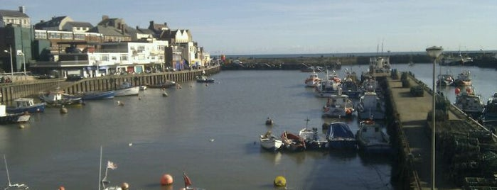 Bridlington Harbour is one of Tempat yang Disukai Carl.
