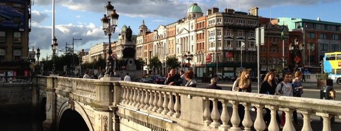 O'Connell Bridge is one of Posti che sono piaciuti a Carl.