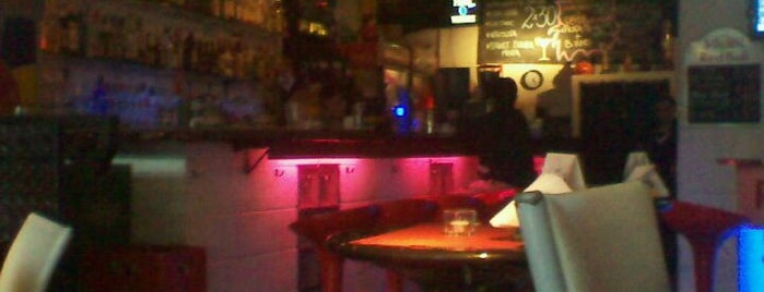 Código Rock is one of Bares y After Hours.