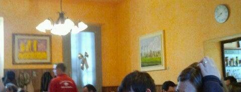 Antica Trattoria Del Borgo is one of Posti che sono piaciuti a Giuseppe.