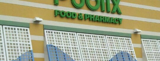 Publix is one of สถานที่ที่ Charley ถูกใจ.