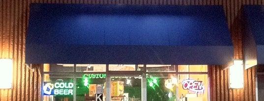 Custom Home Pubs is one of Orte, die Mina gefallen.