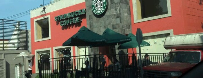 Starbucks is one of Stephania 님이 좋아한 장소.