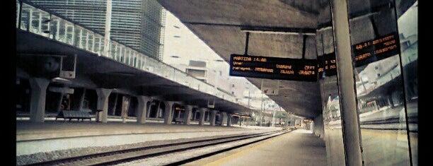 Estação Ferroviária de Porto-Campanhã is one of Porto.