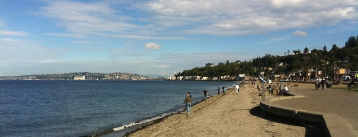 Alki Beach Park is one of Seattle Must Eats + Sights.