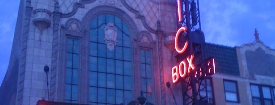 Music Box Theatre is one of Chicago.