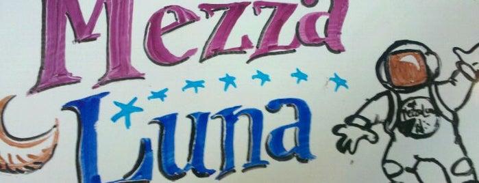 Mezza Luna Pizzeria is one of Braddさんの保存済みスポット.