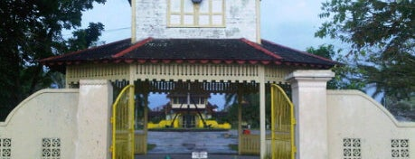 Keraton Sambas is one of Destination In Indonesia.
