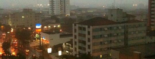 Edifício Golden Avenue is one of Orte, die Cris gefallen.