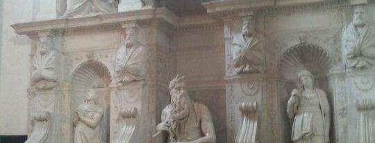 Basilica di San Pietro in Vincoli is one of 101 cose da fare a Roma almeno 1 volta nella vita.