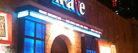 Krave Nightclub is one of Ambiente por le Mundo.