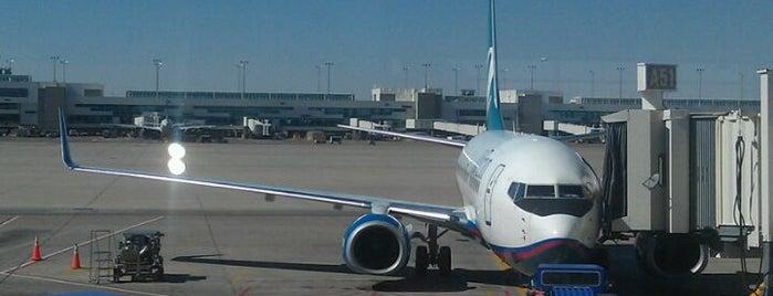 덴버 국제공항 (DEN) is one of International Airport Lists (2).