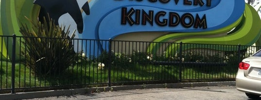 Six Flags Discovery Kingdom is one of Best Places to Check out in United States Pt 1.