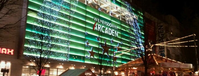 Wilmersdorfer Arcaden is one of Cristi 님이 좋아한 장소.