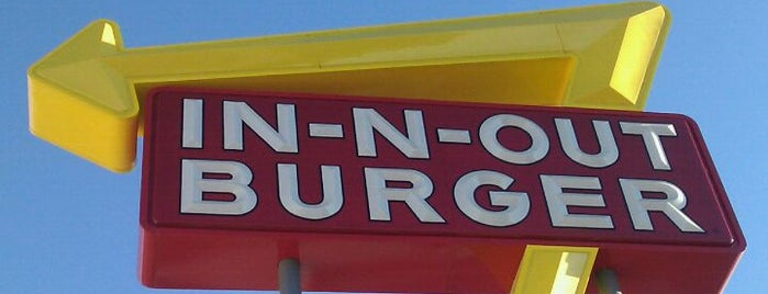 In-N-Out Burger is one of Stephen'in Beğendiği Mekanlar.