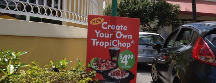 Pollo Tropical is one of Estephanieさんのお気に入りスポット.