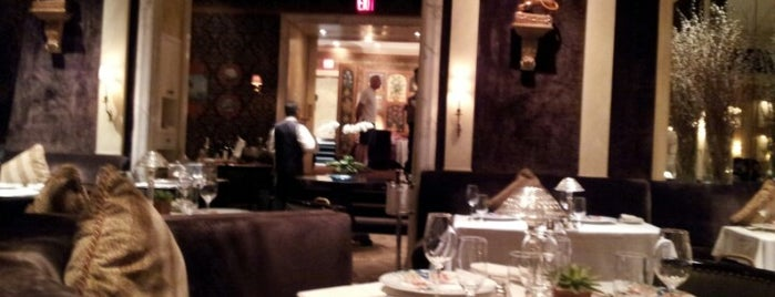 The Carlyle is one of Bons plans NYC.