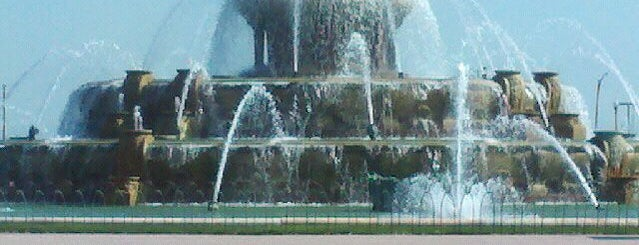 Clarence Buckingham Memorial Fountain is one of #visitUS Chicago Tourist Must Check-into.