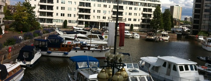 The Chelsea Harbour Hotel is one of Times Eat Out Card Participants.
