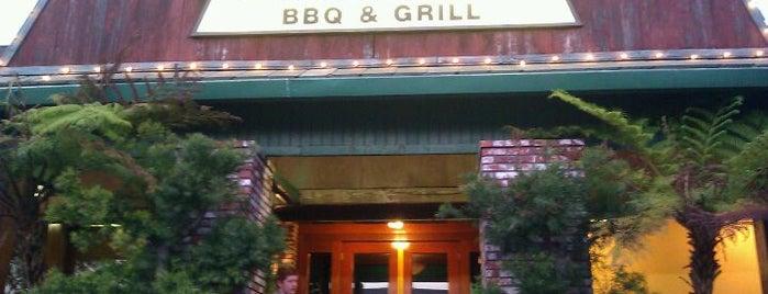Wood Ranch BBQ & Grill is one of Gespeicherte Orte von Ron.